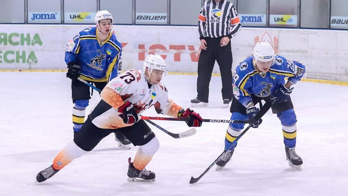 «Сокол» и «Кременчук» одержали выездные победы в девятом туре Украинской хоккейной лиги