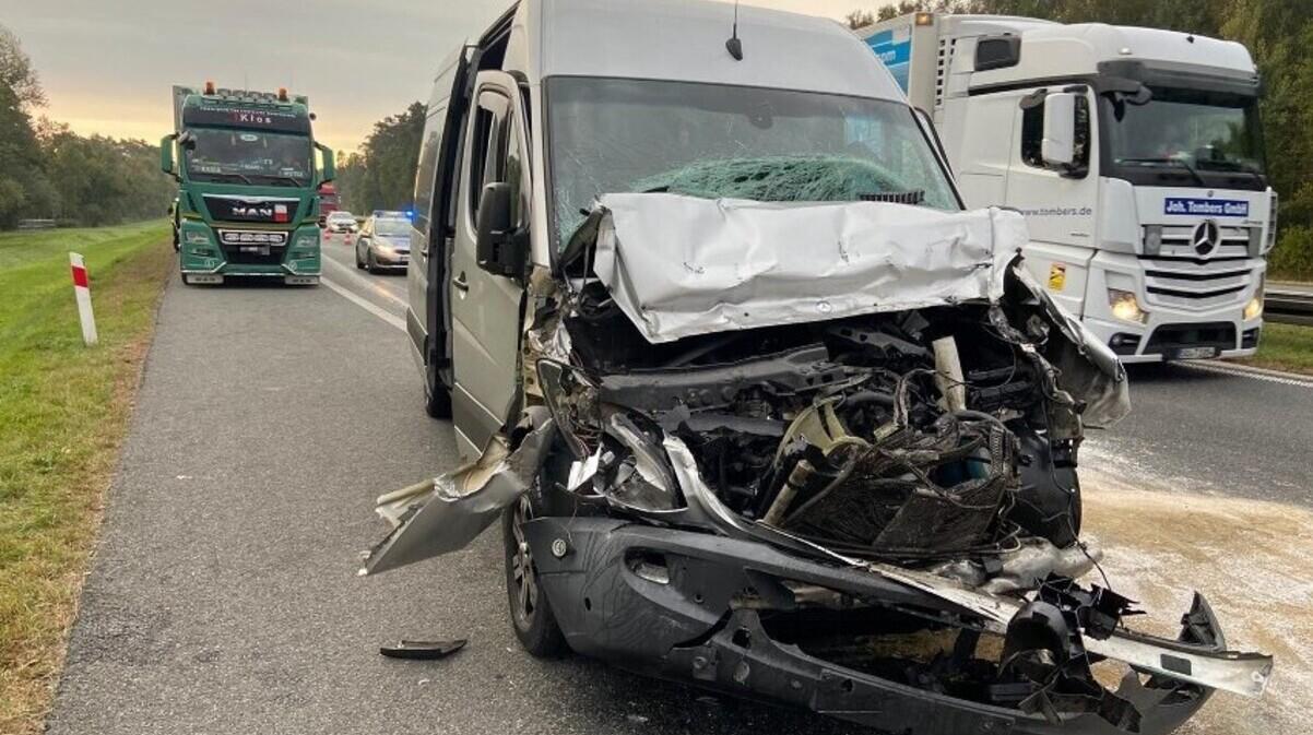 В Польше маршрутка врезалась в грузовик: пострадало пять украинцев