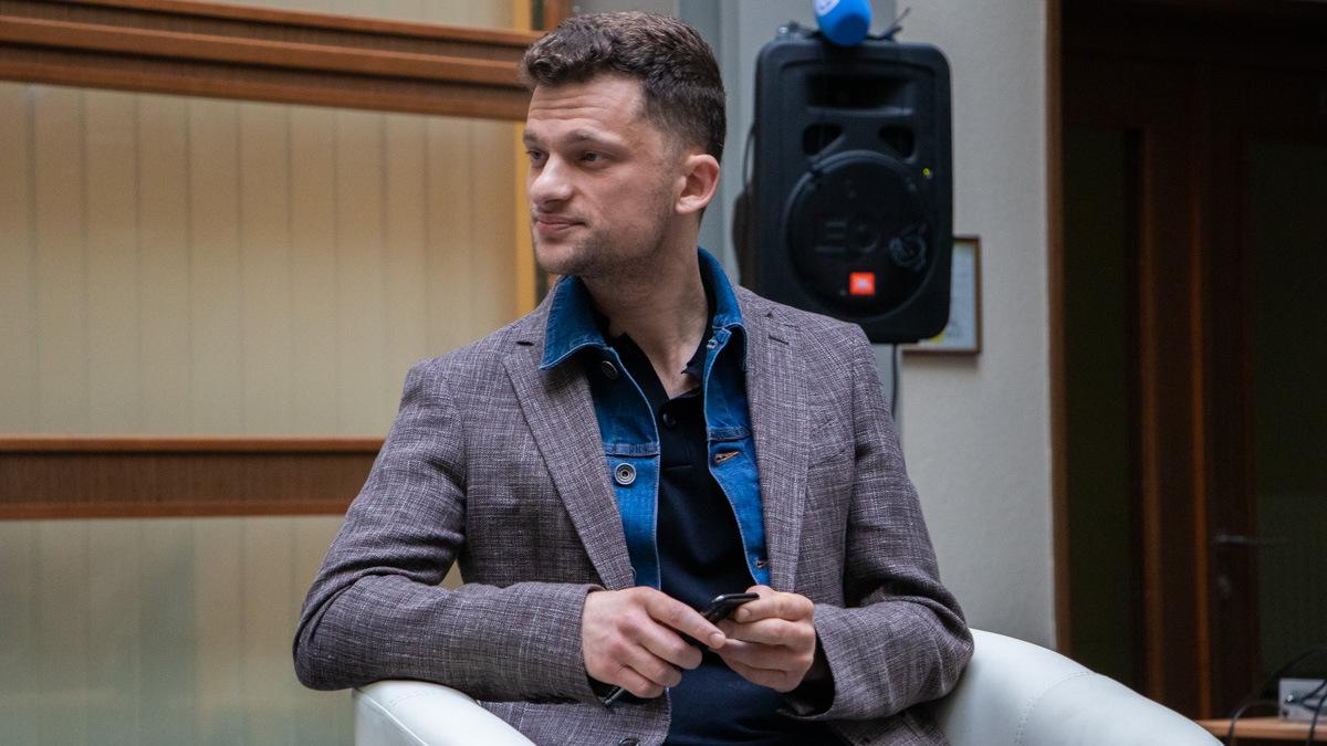 Дмитрий Дубилет рассказал, как избавить жителей Украины от зарплатного рабства